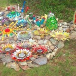 UN JARDIN POUR DEMAIN / A garden for tomorrow- recycled aluminium and plastic, solar lights